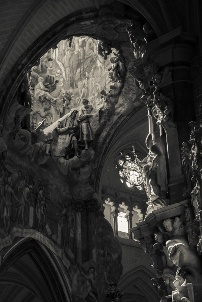 Where the light comes in – Toledo Cathedral