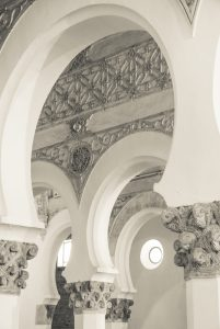 St María la Blanca - Synagogue in Toledo - arches with original capitals